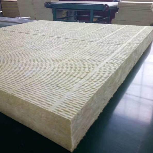 岩棉板制作